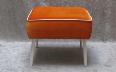 Pouf-Orange-1024x733